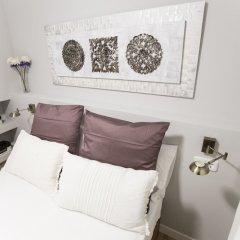 Отель Alterhome Apartamento Puerta de Toledo I сейф в номере