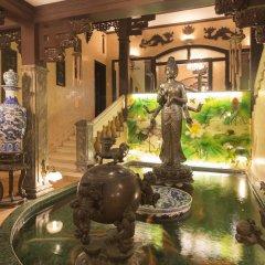 Dragon Hotel