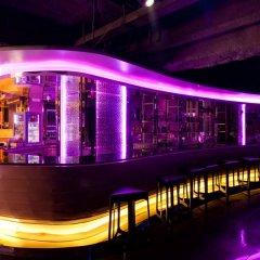 Graceland Bangkok Hotel бассейн