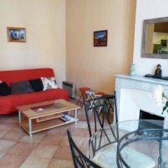 Апартаменты Cannes Apartment Wifi комната для гостей фото 5