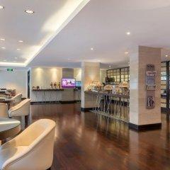Отель Crowne Plaza Jeddah гостиничный бар