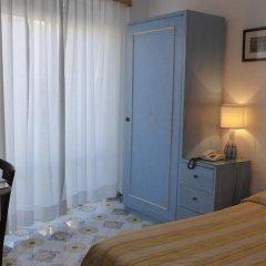 Отель Gatto Bianco Hotel & SPA Италия, Капри - отзывы, цены и фото номеров - забронировать отель Gatto Bianco Hotel & SPA онлайн удобства в номере фото 2