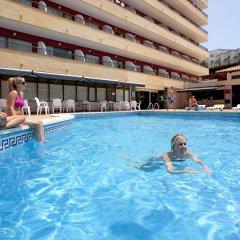Отель Lively Magaluf - Adults Only бассейн