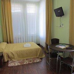 Гостиница Мини-Отель Анна в Ялте 9 отзывов об отеле, цены и фото номеров - забронировать гостиницу Мини-Отель Анна онлайн Ялта комната для гостей фото 2