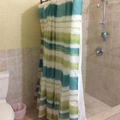 Отель Pura Vida Jamaica Ямайка, Фалмут - отзывы, цены и фото номеров - забронировать отель Pura Vida Jamaica онлайн ванная