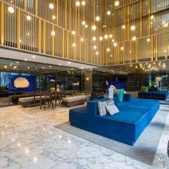 Отель The Deck Condo Patong интерьер отеля