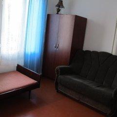 Отель Lyova & Sons B&B комната для гостей фото 2