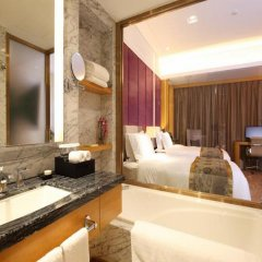 Отель Days Hotel & Suites Mingfa Xiamen Китай, Сямынь - отзывы, цены и фото номеров - забронировать отель Days Hotel & Suites Mingfa Xiamen онлайн ванная