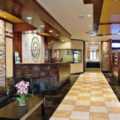 Отель The Landing at LaGuardia Airport США, Нью-Йорк - 1 отзыв об отеле, цены и фото номеров - забронировать отель The Landing at LaGuardia Airport онлайн интерьер отеля фото 3