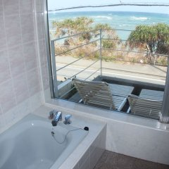 Отель Cottage Seaside Центр Окинавы ванная фото 2