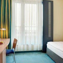 Отель InterCityHotel Hamburg Hauptbahnhof Германия, Гамбург - 1 отзыв об отеле, цены и фото номеров - забронировать отель InterCityHotel Hamburg Hauptbahnhof онлайн комната для гостей фото 4