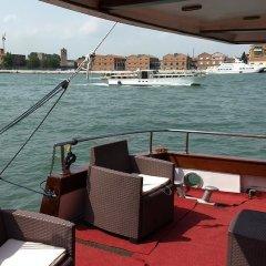 Отель Yacht Fortebraccio Venezia гостиничный бар