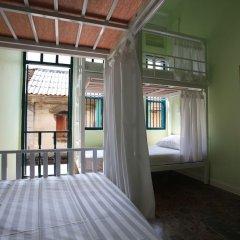 Отель Baan Talat Phlu Бангкок балкон