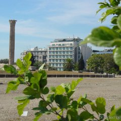Athens Gate Hotel пляж