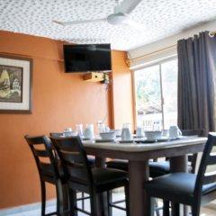 Отель Isabel Suites Zihuatanejo гостиничный бар
