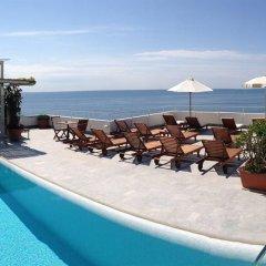 Отель Marina Riviera Италия, Амальфи - отзывы, цены и фото номеров - забронировать отель Marina Riviera онлайн бассейн
