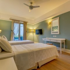 Antmare Hotel Чешме комната для гостей