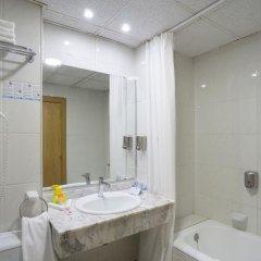 Отель Marconfort Griego Hotel - Все включено Испания, Торремолинос - отзывы, цены и фото номеров - забронировать отель Marconfort Griego Hotel - Все включено онлайн ванная фото 2