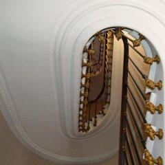 Отель Royal Elysées Франция, Париж - 3 отзыва об отеле, цены и фото номеров - забронировать отель Royal Elysées онлайн интерьер отеля фото 3