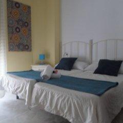 Отель Hostel Conil Испания, Кониль-де-ла-Фронтера - отзывы, цены и фото номеров - забронировать отель Hostel Conil онлайн комната для гостей фото 5