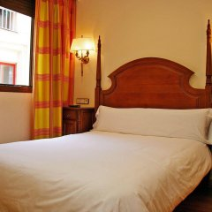 Отель Hostal Victoria I комната для гостей