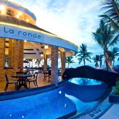 Отель Royal Wing Suites & Spa Таиланд, Паттайя - 3 отзыва об отеле, цены и фото номеров - забронировать отель Royal Wing Suites & Spa онлайн бассейн