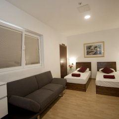 Отель Marco Polo Hostel Мальта, Сан Джулианс - отзывы, цены и фото номеров - забронировать отель Marco Polo Hostel онлайн комната для гостей фото 5