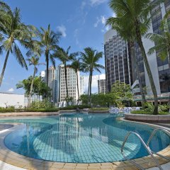Отель Grand Millennium Hotel Kuala Lumpur Малайзия, Куала-Лумпур - отзывы, цены и фото номеров - забронировать отель Grand Millennium Hotel Kuala Lumpur онлайн бассейн