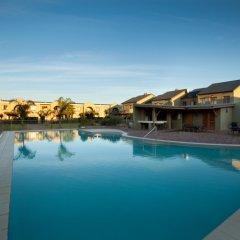Отель Devonvale Golf & Wine Estate бассейн фото 3
