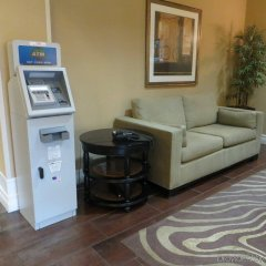 Holiday Inn Express Hotel & Suites Saint Augustine North банкомат