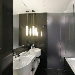 Отель Hôtel Opéra Richepanse Франция, Париж - 2 отзыва об отеле, цены и фото номеров - забронировать отель Hôtel Opéra Richepanse онлайн ванная фото 2