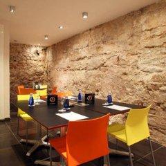 Отель Ciutat Vella Испания, Барселона - отзывы, цены и фото номеров - забронировать отель Ciutat Vella онлайн гостиничный бар
