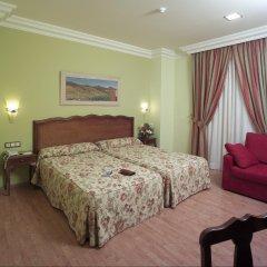 Отель Reina Cristina комната для гостей фото 4