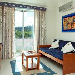 Отель Acorsonho Apartamentos Turisticos Португалия, Капелаш - отзывы, цены и фото номеров - забронировать отель Acorsonho Apartamentos Turisticos онлайн комната для гостей фото 2