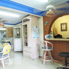 Отель Posada Marpez Hostel Мексика, Канкун - отзывы, цены и фото номеров - забронировать отель Posada Marpez Hostel онлайн гостиничный бар