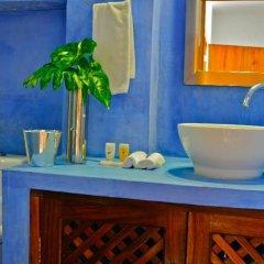 Hotel Petit Mercedes Puerto Vallarta ванная