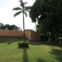 Отель Enchanted Villas and Guest House