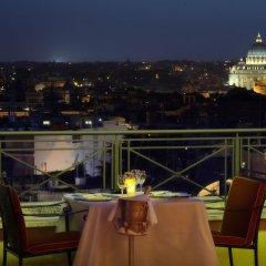 Отель Sina Bernini Bristol Италия, Рим - 1 отзыв об отеле, цены и фото номеров - забронировать отель Sina Bernini Bristol онлайн балкон