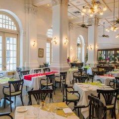 Отель Raffles Singapore питание