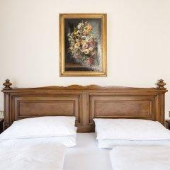 Отель Castel Rundegg Италия, Меран - отзывы, цены и фото номеров - забронировать отель Castel Rundegg онлайн сейф в номере