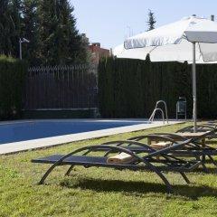Отель AC Hotel Sevilla Forum by Marriott Испания, Севилья - отзывы, цены и фото номеров - забронировать отель AC Hotel Sevilla Forum by Marriott онлайн бассейн фото 2
