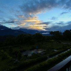 Отель Himalayan Deurali Resort Непал, Лехнат - отзывы, цены и фото номеров - забронировать отель Himalayan Deurali Resort онлайн балкон
