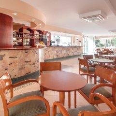Отель Blue Sea Costa Verde гостиничный бар