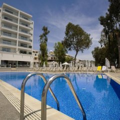Harmony Bay Hotel бассейн
