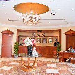 Отель Regal Plaza Hotel ОАЭ, Дубай - 2 отзыва об отеле, цены и фото номеров - забронировать отель Regal Plaza Hotel онлайн интерьер отеля фото 2