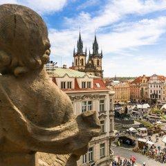 Отель The Old Town Square & Parizska Apartments Чехия, Прага - отзывы, цены и фото номеров - забронировать отель The Old Town Square & Parizska Apartments онлайн балкон