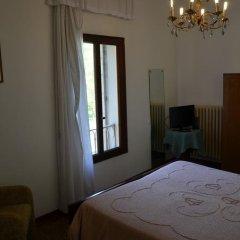 Отель Terme Regina Villa Adele Италия, Абано-Терме - отзывы, цены и фото номеров - забронировать отель Terme Regina Villa Adele онлайн комната для гостей фото 3