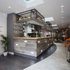Отель TheWesley гостиничный бар