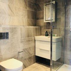 Апартаменты Spacious & Modern 2 Bed Apartment at Knightsbridge London Лондон ванная фото 2