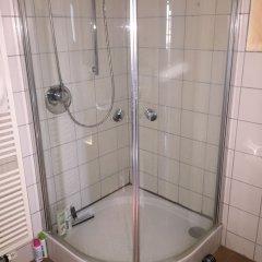 Отель Messezimmer Nähe Zentrum Кёльн ванная фото 2